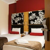 Astors Hotel Guestroom