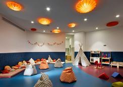 Hard Rock Hotel Ibiza - Sant Josep de sa Talaia - Atraksi Wisata
