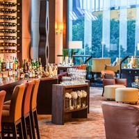 Renaissance Hong Kong Harbour View Hotel Bar/Lounge