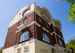 Check Inn Hotel&Hostel - Voronezh - Pemandangan luar