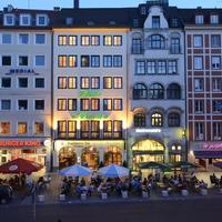 Hotel Schlicker Hotel Front - Evening/Night