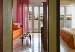 Suite Hotel Parioli - Rimini - Kamar Tidur