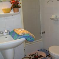 Road to The Forest Double room apartment separate bathroom