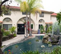 California Suites Hotel