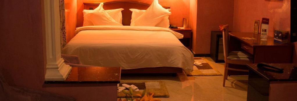 Oum Palace Hotel & Spa - Casablanca - Bedroom