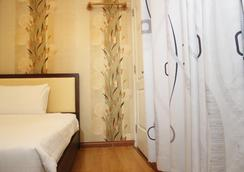 Em & Em Hotel - Bui Thi Xuan - Ho Chi Minh City - Kamar Tidur