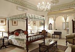 Alsisar Haveli - A Heritage Hotel - Jaipur - Kamar Tidur