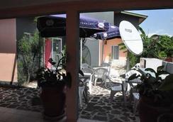 Résidence Saint-Jacques - Brazzaville - Pemandangan luar