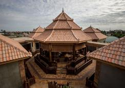 Model Angkor Resort - Siem Reap - Pemandangan luar