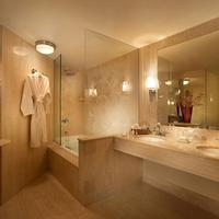 Mayfair Hotel & Spa Bathroom