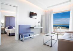 Hotel Torre Del Mar - Ibiza - Kamar Tidur