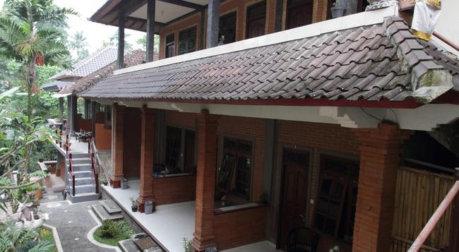 Citrus Tree B&B - Arik - Ubud - Building