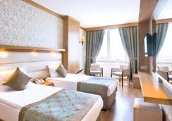 Oz Hotels Antalya Hotel Resort & Spa - Antalya - Kamar Tidur