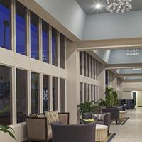 DoubleTree by Hilton Hotel Jacksonville Airport Lobby Sitting Area