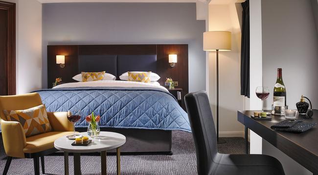Temple Bar Hotel - Dublin - Bedroom