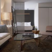 The James Chicago Rooms Loft Suite