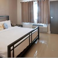 Shalimar Motel Guestroom