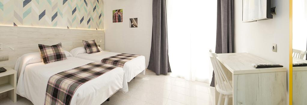 Hotel Playasol Lei Ibiza - Ibiza - Bedroom