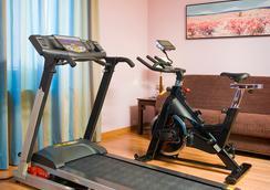 Suites Gran Via 44 - Grenada - Gym