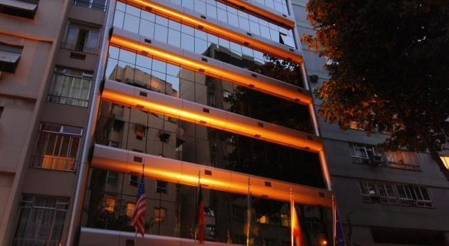 Hotel Astoria Copacabana - Rio de Janeiro - Building
