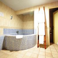 Casual Valencia de las Civilizaciones Deep Soaking Bathtub