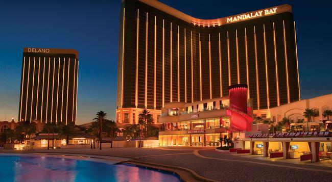 Delano Las Vegas at Mandalay Bay - Las Vegas - Building