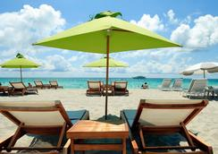 San Juan Hotel - Miami Beach - Pantai