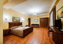 Chalet Provence Hotel - Anapa - Kamar Tidur
