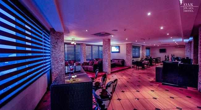 Oak Plaza Hotel, East Airport - Accra - Bar