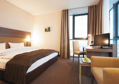 Intercityhotel Mannheim - Mannheim - Kamar Tidur