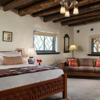 Inn of the Turquoise Bear Guestroom