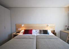 Hotel Avenida - Pamplona - Kamar Tidur
