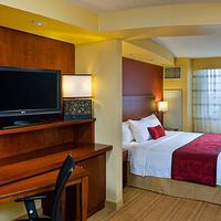 Courtyard by Marriott Miami Airport Guest room
