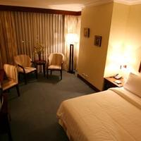 Cebu Parklane International Hotel Guestroom