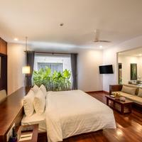 Elegant Angkor Resort & Spa Guestroom