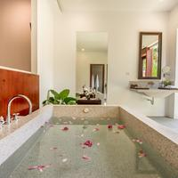 Elegant Angkor Resort & Spa Bathroom Amenities