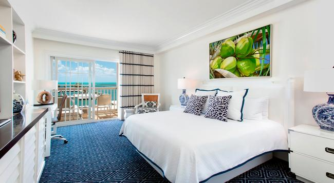 Oceans Edge Key West Hotel & Marina - Key West - Bedroom