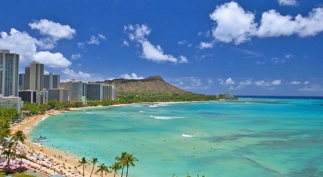 Ambassador Hotel Waikiki - Honolulu - Building