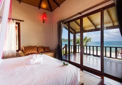 Pingchan Beachfront Resort - Ko Pha Ngan - Kamar Tidur