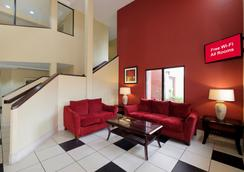 Red Roof Inn Pensacola Fairgrounds - Pensacola - Lobi